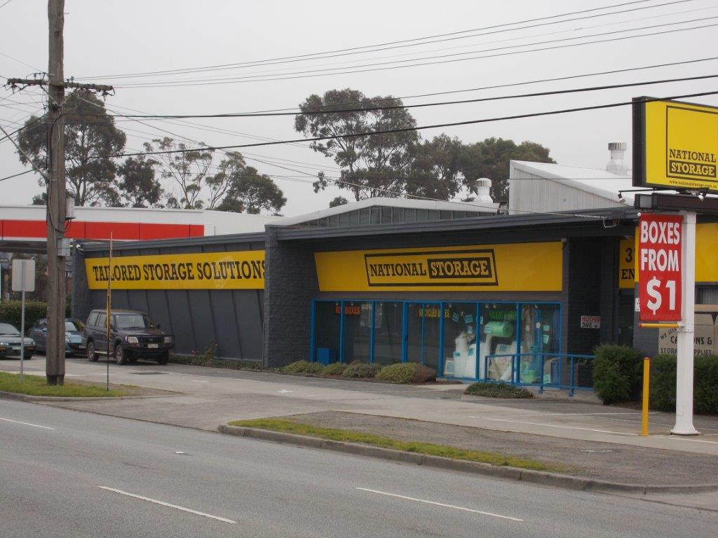 Solo signs - Store Front 1