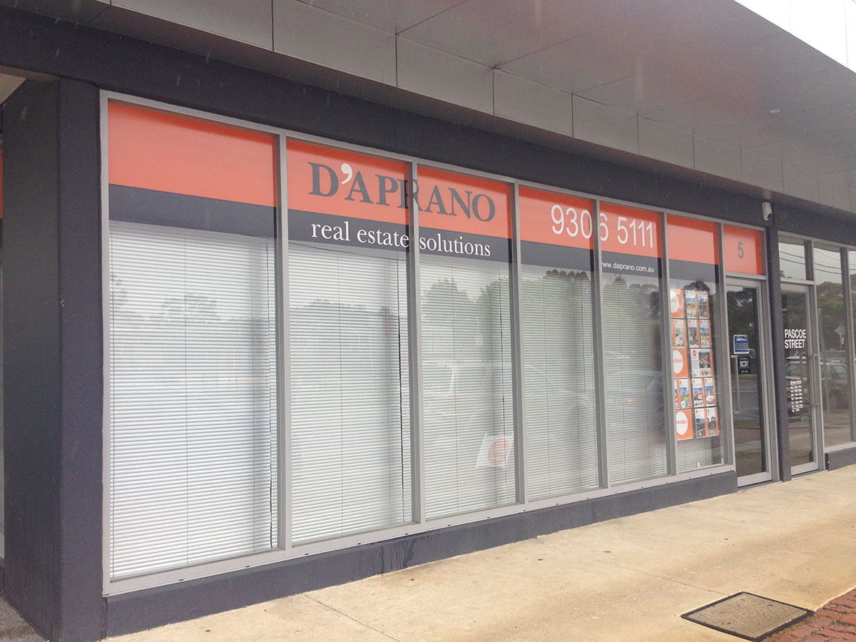 Solo signs - Shop Front